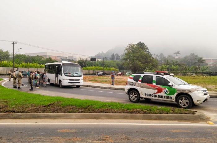 Droga é encontrada dentro de micro-ônibus da Prefeitura de Jaraguá do Sul