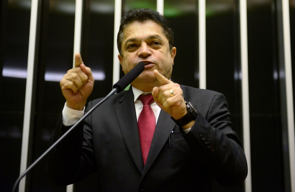 O deputado João Rodrigues (PSD-SC), durante discurso na tribuna da Câmara (Foto: Gustavo Lima/Câmara dos Deputados)