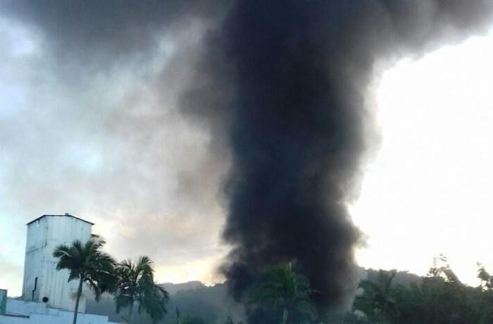 Incêndio atinge antiga empresa Seara em Jaraguá do Sul