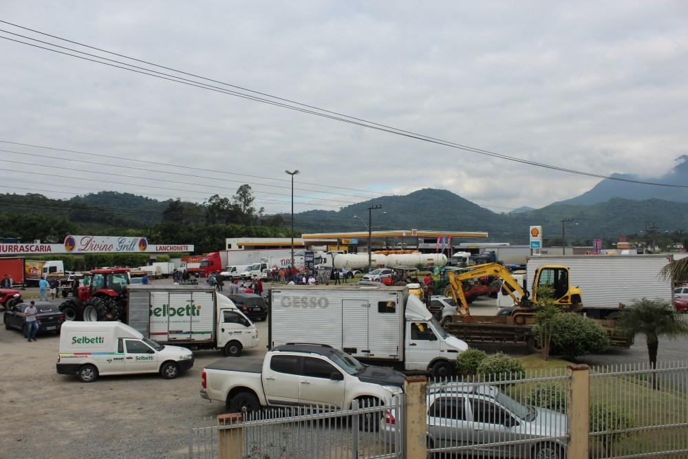 Paralisações de caminhoneiros no Km 56 da rodovia BR-280