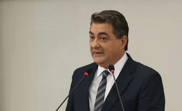 Prefeito de Jaraguá do Sul já teve 60 dias de licença e férias neste ano