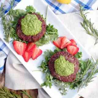 Lamb-burgers-with-rosemary-pesto-sauce