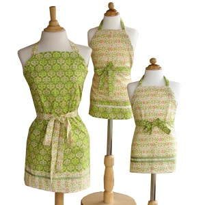 Adjustable Aprons | ReannaLily Designs