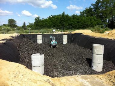 Champ d'infiltration pneus recyclés