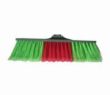 plastic-sweeping-broom-2