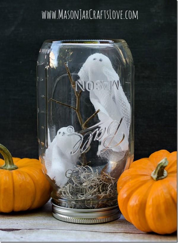 Halloween-craft-mason-jar-globe_thumb