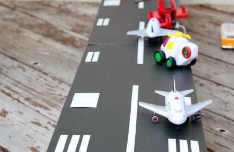 How to make a toy airport