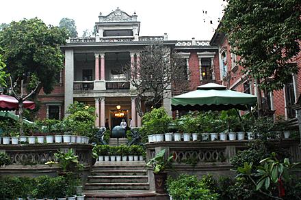 gulangyu-mansion-steps