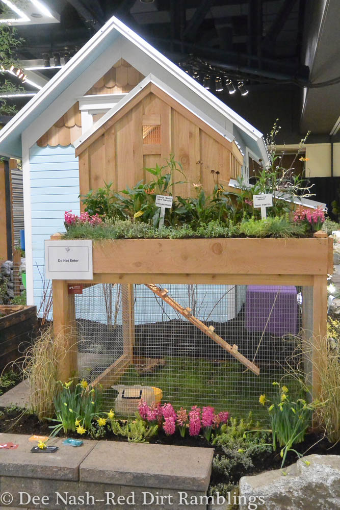 Display Gardens Edible Neighborhood--A Food System on Every Block, created by Cascadia Edible Landscapes and designed by Michael Seliga-Soulseed and Joanna D'Asaro.