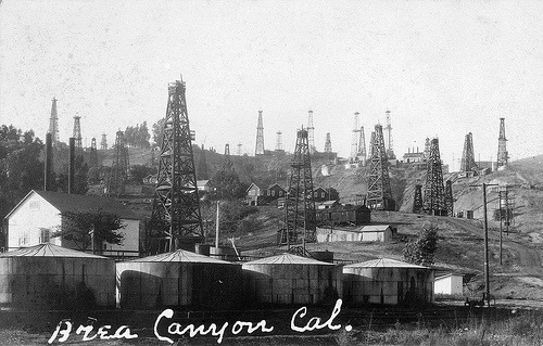oil-field-historical