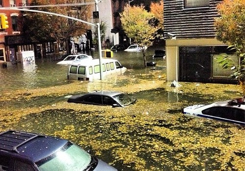hurricane-sandy-nyc-flooding-by-jesseandgreg