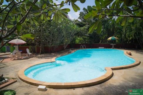 ...nad basenem zresztą też :)