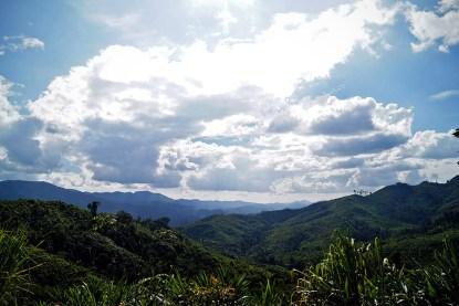 Przez znaczną część czasu podziwiać można było tylko góry i rozległą dżunglę
