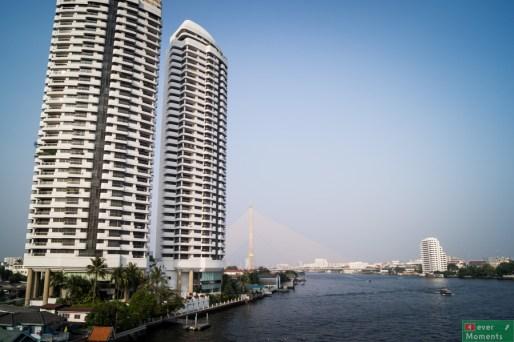 Przepływająca przez Bangkok rzeka Chao Phraya stanowi świetną alternatywę dla drogowego transportu publicznego...