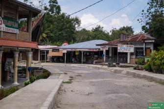 Główna ulica Tuk Tuk