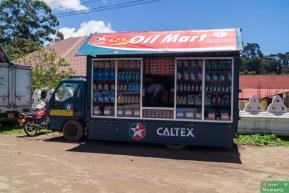 Mobilny sklep z olejem silnikowym :)