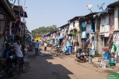 Slums koło Mahalaxmi Dhobi Ghat