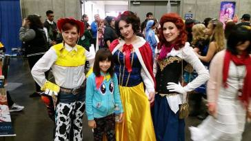 sac-anime-jan-2015-cosplay-disney-princesses-web