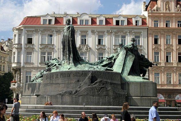 Monumento a Jan Hus en Praga. Crédito: Petr Vilgus / Wikimedia