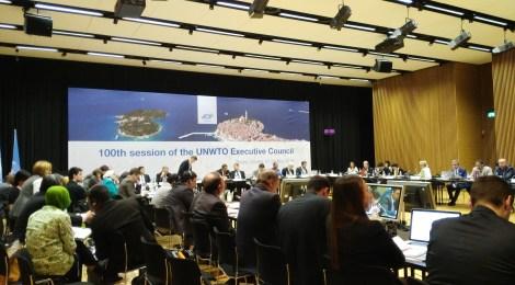 l'UNWTO (....... l'Organizzazione Mondiale del Turismo)