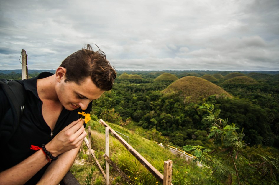 chocolate_tops_bohol_toby