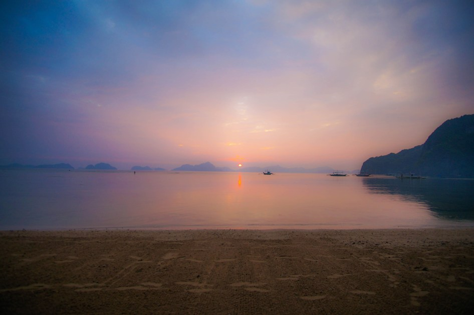 sunset-beach-ocean-palawan