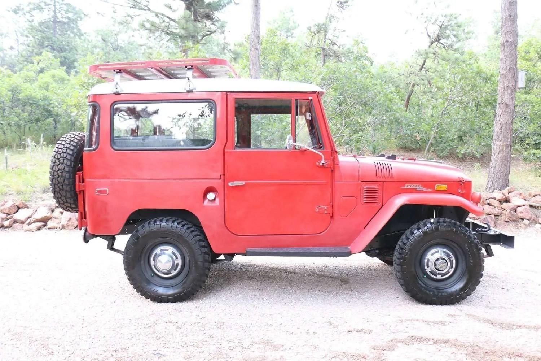 for sale 1971 toyota land cruiser fj40 red 79k miles. Black Bedroom Furniture Sets. Home Design Ideas