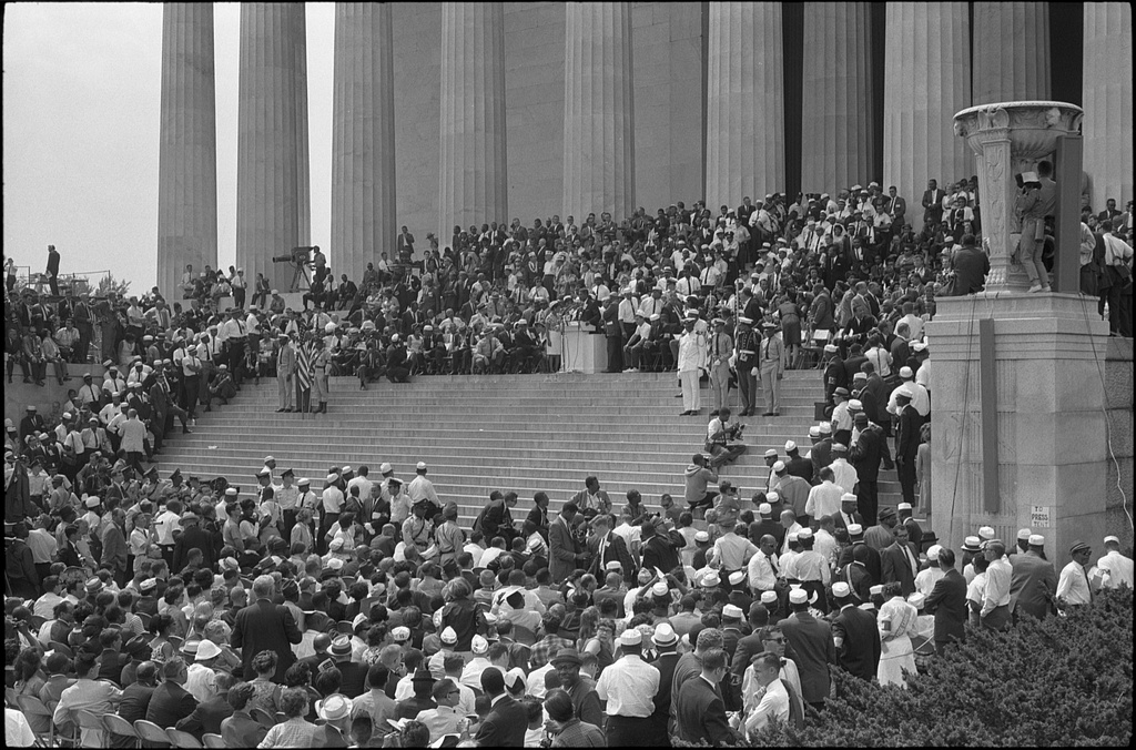 Civil_rights_march_on_Washington,_D.C._Steps