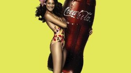 coca-cola-girls-11