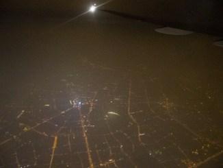 Ankunft in Shanghai bei Nacht