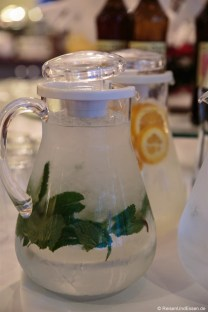 Wasser mit Minze
