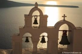 Kirchenglocken im Abendlicht