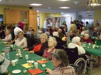 Des résidents prêts à partager un grand moment de bonheur