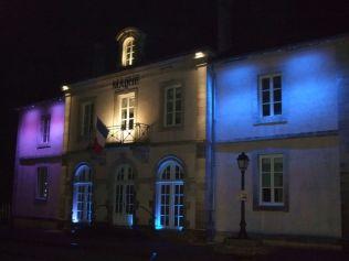 La mairie sous différentes couleurs (2)