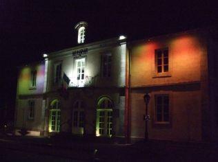 La mairie sous différentes couleurs (3)