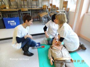 12 massage cardiaque