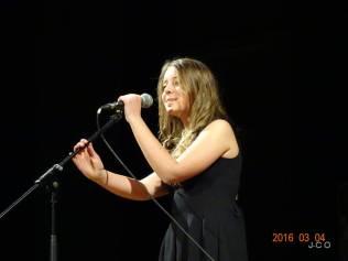 07 MAEVA Chanteuse