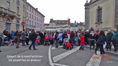 Manifestation Maintien Maternit+® +á Remiremonr (12)