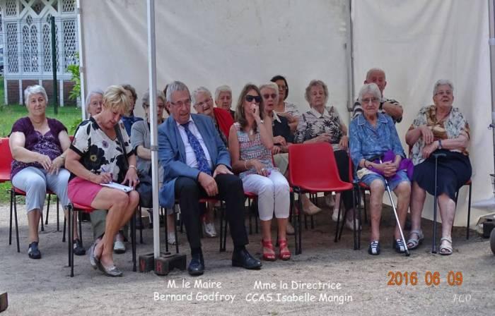 02 M.le Maire et la Directrice du CCAS