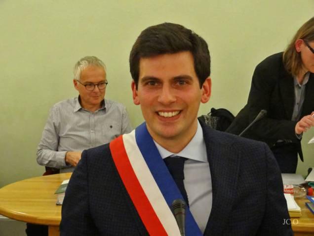 17 M. le Maire Jean Hingray