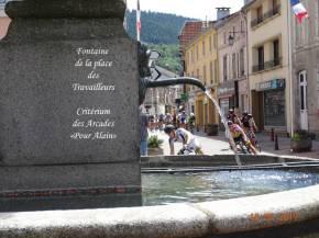 06 Passage-fontaine-travailleurs