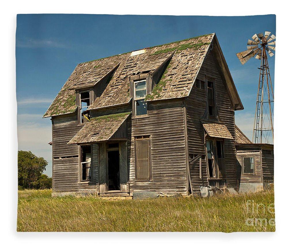 Fullsize Of Old Farm House