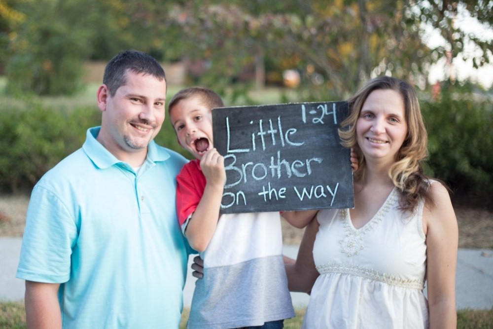 Baby announcement photographer | Truly Sweet Photography
