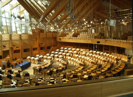 (Wikipedia) Snowden causes problems for scottish parliament