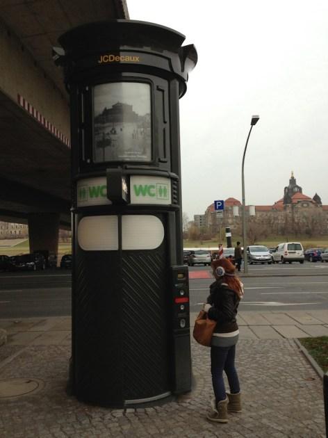Общественный туалет, Дрезден, 2012