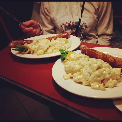 Карривурст и картофельный салат, Берлин, 2012