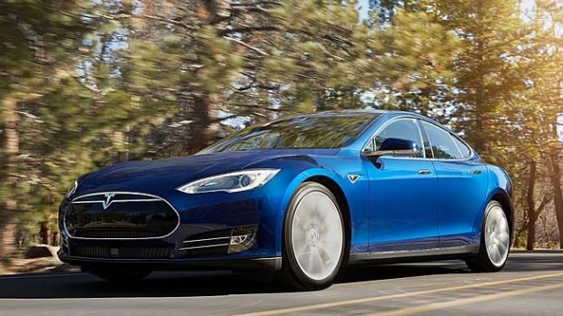 Existing Tesla Model S owners will be able to turn their car driverless with a software u