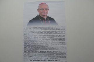 """Il manifesto-choc contro il vescovo: """"Vattene e lasciaci vivere in pace"""""""