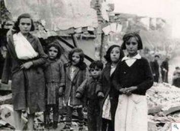 Premiers bombardements de Madrid, août 1936.