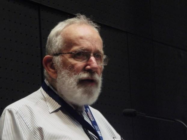 O que é necessário para ganhar um Prémio Nobel? Sorte, diz Robin Warren